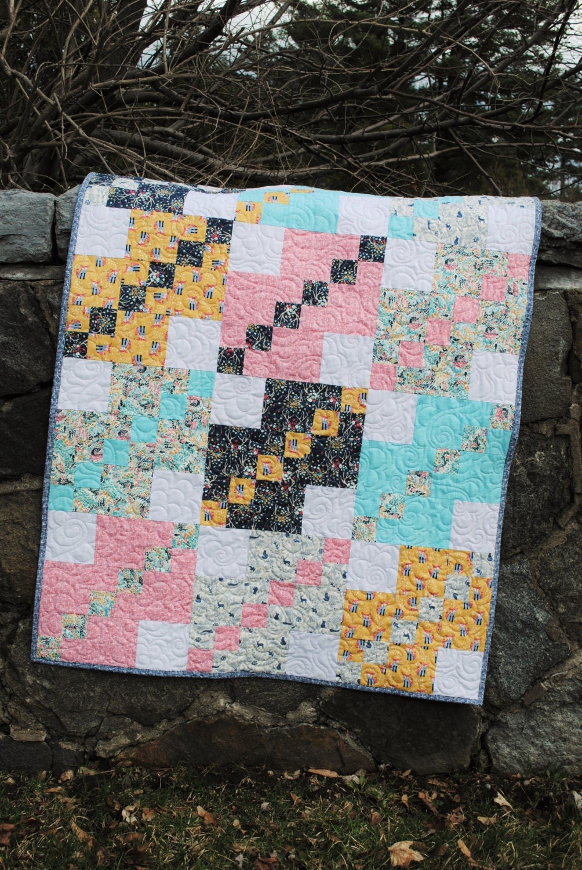 PDF Patchwork Quilt Pattern ....five sizes Baby Lap Twin