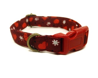 Kiss Me - Maroon Red Hearts Girl Valentine Organic Cotton CAT Collar - All Antique Brass Hardware