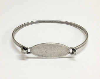 Bangle Bracelet Blank - MED-LARGE Silver Ox OVAL Hinge Top Stampable Cuff Bangle Bracelet Blank Base
