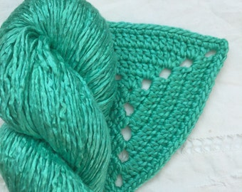 Silk Yarn Hand Dyed Worsted weight - Jade Green (3)