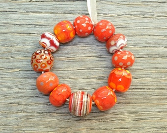 Orphan beads sale - Mostly red - Lampwork beads by Loupiac