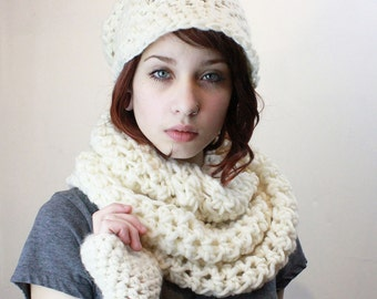 SET The Favorite Cowl Hood scarf Fingerless Glove Wool Rasta slouch Hat snow white Aran