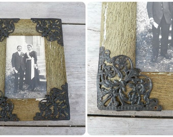 Vintage Antique 1850 /1900 Victorian French green wooden painted photo frame adorned with filigrees