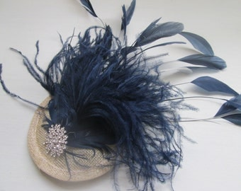 Fascinator/ Bridal hair accessories/ wedding hair accessories/ New handmade navy blue feather fascinator