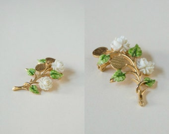 Vintage Jewelry --- 1960s Rose Pin
