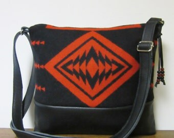 Red Wool Purse Shoulder Bag Messenger Black Leather Adjustable Strap Wool from Pendleton Oregon