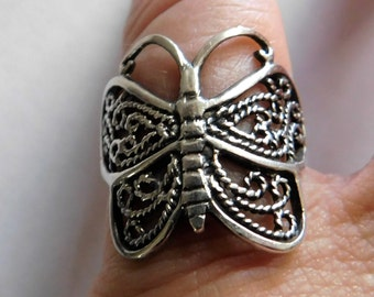 Vintage Sterling Silver Butterfly Ring Jewelry with Filigree Wings Size 7.5