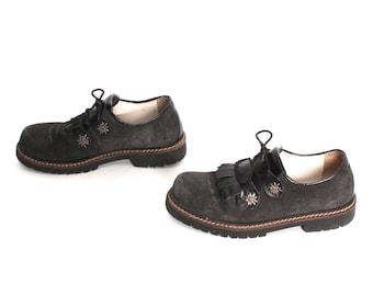 size 8.5 FRINGE gray black suede leather 80s 90s GRUNGE preppy PLATFORM ankle boots