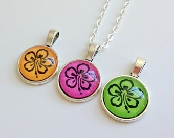 """NEW - 18mm Pendant - Hibiscus design - choose your color -18"""" Silver Plated OR Ball chain"""