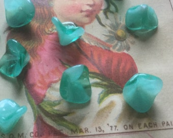 Vintage Glass Beads (10)(12mm) Green & White Givre Glass Beads