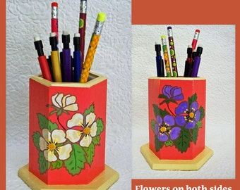 Coral Pencil or Eyeglass Holder