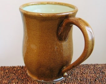 Large Coffee Mug - Mug Stoneware Ceramic Cup in Mint Caramel 18 oz.