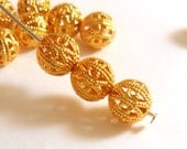 10 Round Filigree Beads Gold Plated Brass Spacers 8mm Top Quality - 10 pc - M7056-G10