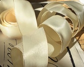 """5 Yards of Rayon Taffeta Wired Ribbon in French Cream  (1"""")"""