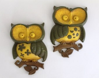 Metal Owl Plaques