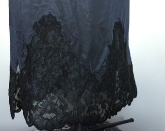 Black Lingerie Lace Union Made Half Slip