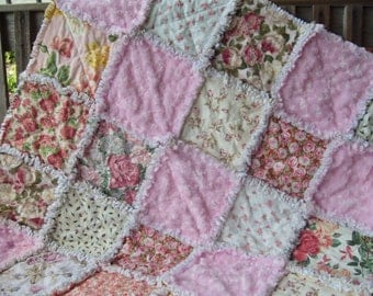 baby girl rag quilt accent throw  shower stroller crib blanket pink Roses and rose minky