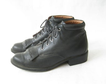 Vintage ARIAT Lace Up Roper Boots. Size 6 1/2