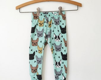 baby leggings in french bulldog print // organic baby leggings // organic baby clothes // toddler leggings // baby pants // baby clothes