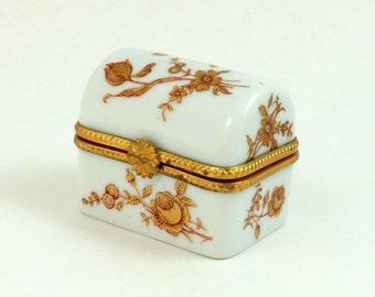 Limoges Box by Dubarry, Limoges Porcelain Box, Trinket Box, Pill Box, Floral Box, Limoges Trinket Box, Limoges France, Jewelry Box, Vintage