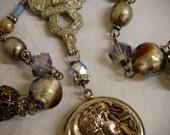 Style Moderne-Antique Vintage Sterling Silver Art Deco Style Locket Assemblage Necklace