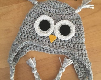 Newborn girl owl hat.. Photography prop.. Ready to ship... Gray sparkles