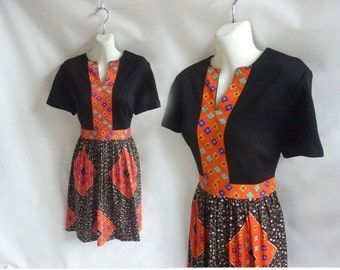 Vintage 60s Dress size L Black Red Mod Geo Flower 70s Disco Secretary Cap Sleeve