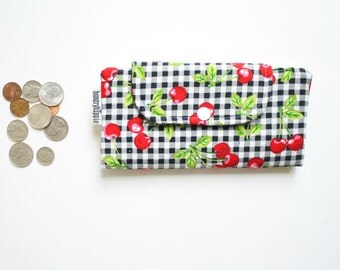 Slimline wallet in Retro Rockabilly Cherries print