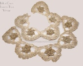 Vintage Crochet Lace Turtle Back Ecru Floral Medallion Scallops Large Edging