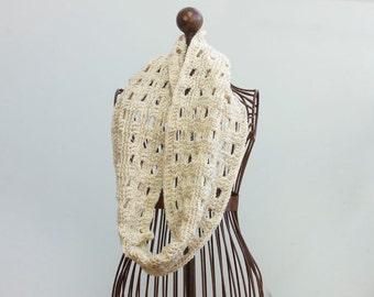 Custom Crochet Cowl Scarf,  Chose Color, Women's Scarf, Winter Scarf, Infinity Scarf, Circle Scarf