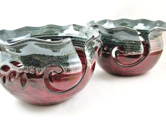 Large Yarn bowls , Knitting bowls , pottery yarn bowls , Ox blood and green - IN stock PRKDR/G-A