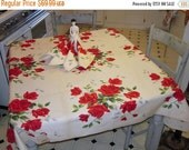 WINTER CLEARANCE Vintage Wilendur Tablecloth & Napkins Beautiful Red Roses MWT
