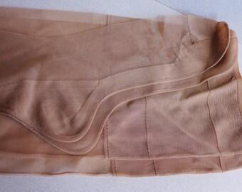 Vintage Nude Beige Seamed Sheer Nylon Stockings Long Size 9, Mid Century 1950s Seamed Stockings Hosiery