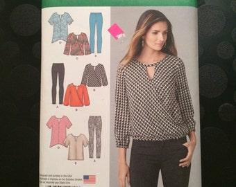 Simplicity 1280 Womens leggings, tunic in 2 lengths sz. xs-xl