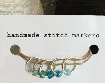 Stitch Markers, snagless ring style, aquas, set of 5