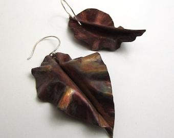 Fold Form Leaf Copper Earring - Curly Copper Earring Dangles - Autumn Leaves Earrings - Leaf-006