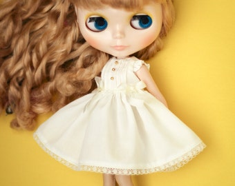 Blythe Dress, Blythe outfit, 1/6 Doll, Simple Dress, Pintuck Dress, Neo Blythe, Pure Neemo, Kuku Clara - Ivory