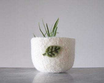 Wool Bowl - Felted Wool Bowl in White with Green Sage Leaf - Air Plant Planter - Tillandsia Home - Gifts for Gardeners