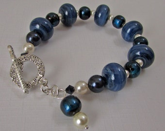 Navy Blue Lampwork Glass Bracelet (B-100)