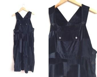 Size M/L // BLACK VELVET OVERALLS // Baggy Fit - Vintage '90s Minimalist.