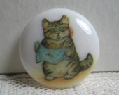 Miss Moppet from Beatrix Potter Story, Plastic Clothing Button