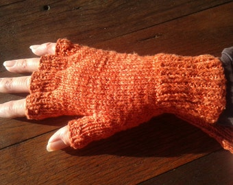 Organic cotton / bamboo gloves with fingers in Child, Small and Medium Size