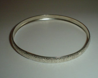 Silver bangle sterling engraved vintage small wrist Maltese cross pattern
