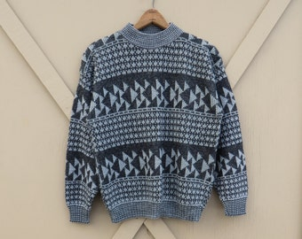 80s vintage Southwestern Charcoal and Mist Grey Geometric Patterned Sweater / Tons O' Fun