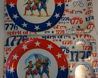 Vintage Spirit of 1776 Patriotic Serving Trays Set of 2 Red White and Blue