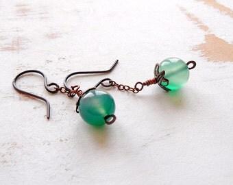 Green Drop Earrings, Green Agate Jewelry, Chain Drop Earrings, Handmade Copper Jewellery,  Copper Earrings, Patina Jewellery