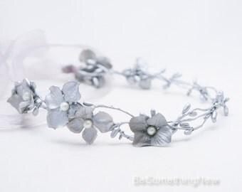 Twisted Silver Berry Woodland Wedding Wreath with Flowers, Wedding Flower Crown, Boho Wedding Headpiece, Festival Halo Tie Headband