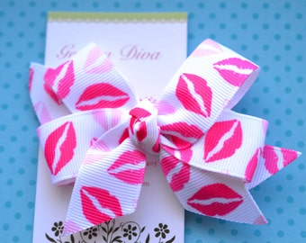 Sweet Kisses Classic Diva Bow