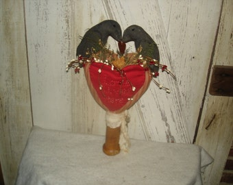 Love Lives Here Heart Pocket Make Do with Crows, Valentines Day, Mother's Day, Housewarming Gift, Ofg, Faap, Hafair, Dub
