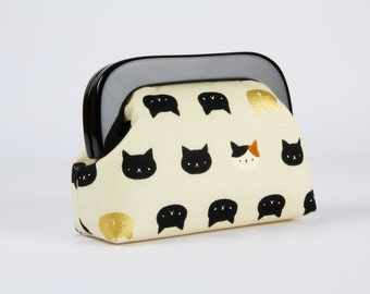 Little purse with resin frame - Cats faces in black, gold and caramel - Girly purse / Black frame / Cute japanese fabric / Kitties